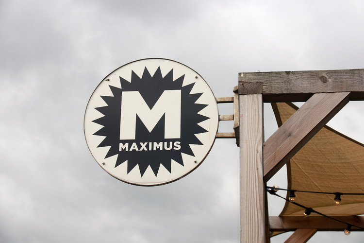 Brouwerij Maximus sign